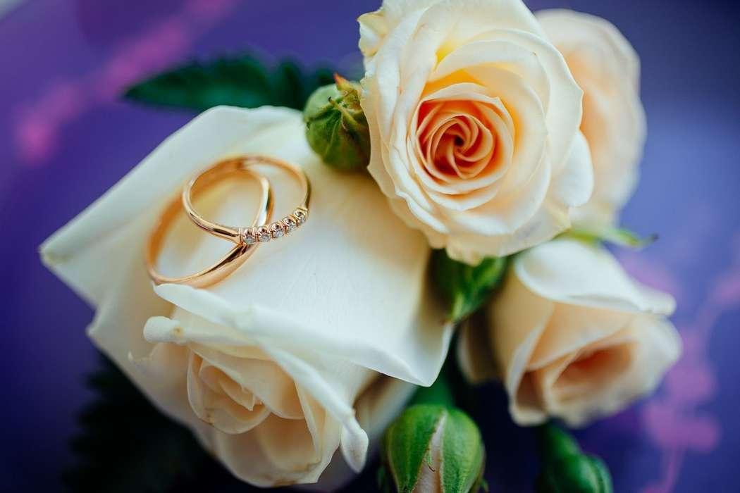 Привітання з днем весілля подруги в прозі своїми словами