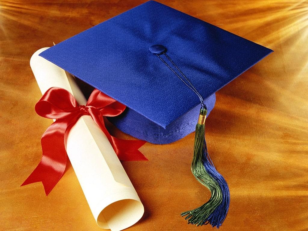 Привітання з отриманням диплома своїми словами