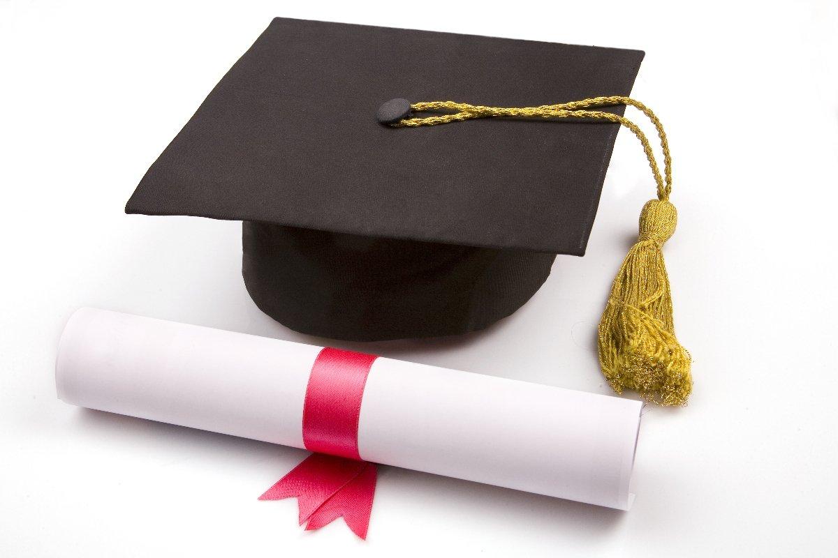 Привітання з захистом диплома в прозі
